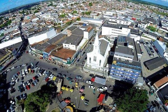 abf24382c1c3 Neste feriado de 1º de maio, dia do Trabalhador, alguns estabelecimentos  comerciais de Santo Antônio de Jesus estarão fechados, já outros como  hotéis, ...