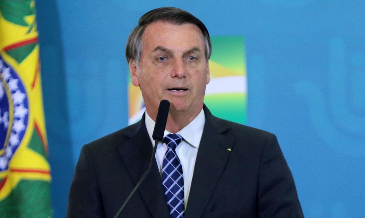 Bolsonaro volta a defender fim de isolamento e enaltece ...