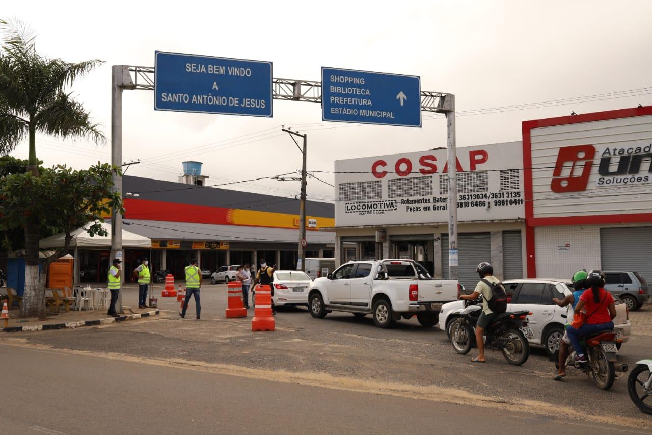 Barreiras sanitárias passam a funcionar 24h em Santo Antônio de ...