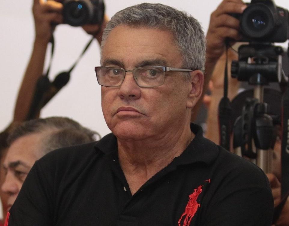 Paulo Carneiro é afastado da presidência do Vitória