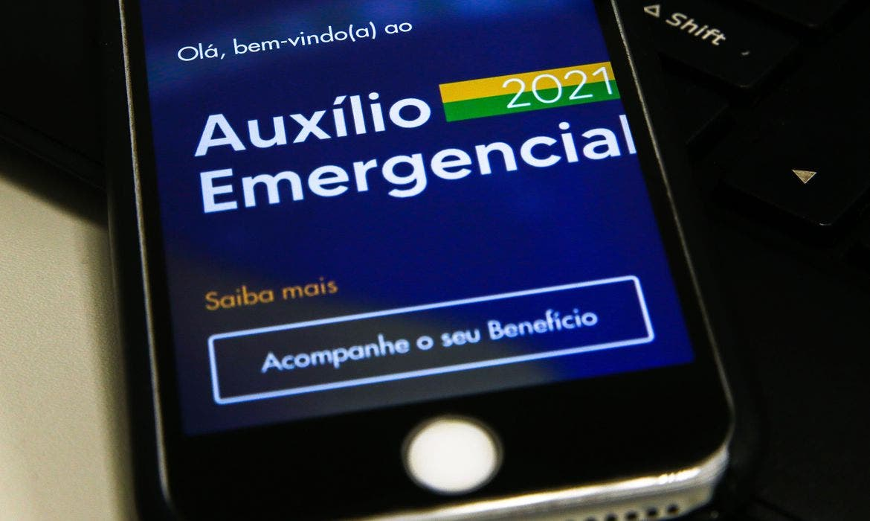 Trabalhadores nascidos em agosto podem sacar auxílio emergencial