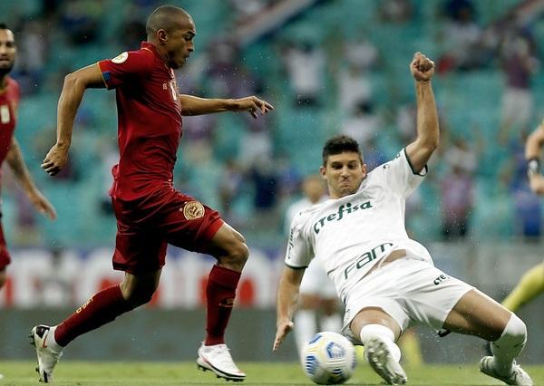 Bahia domina o Palmeiras em Salvador